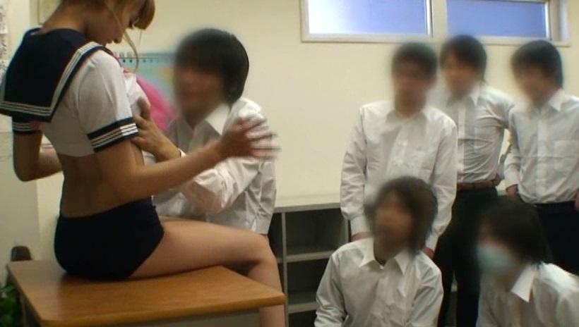 ぼくらの学校に、明日花キララがヤッて来た!!