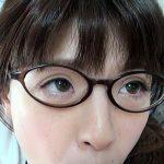 【ブルマをずらして眼鏡女子高生の愛液染み白パンティを覗き見】未来